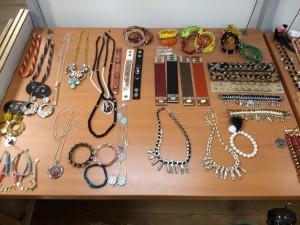 Jewelery and accessoires / Sieraden en accessoires